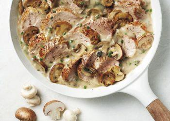 Filet de porc rôti avec sauce aux champignons