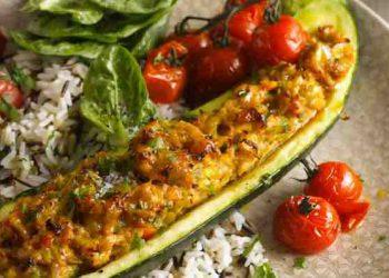Courgette farcie au poulet riz et tomate