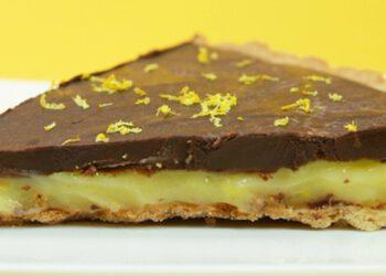 Tarte au citron, chocolat et noisettes