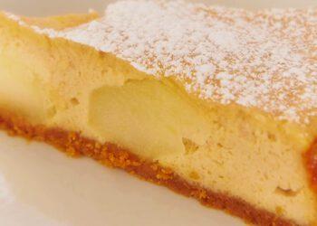 Cheesecake aux pommes et à la cannelle