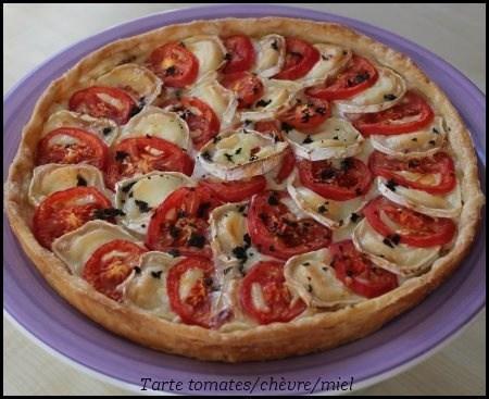 Tarte-à-la-tomate-chèvre-et-miel