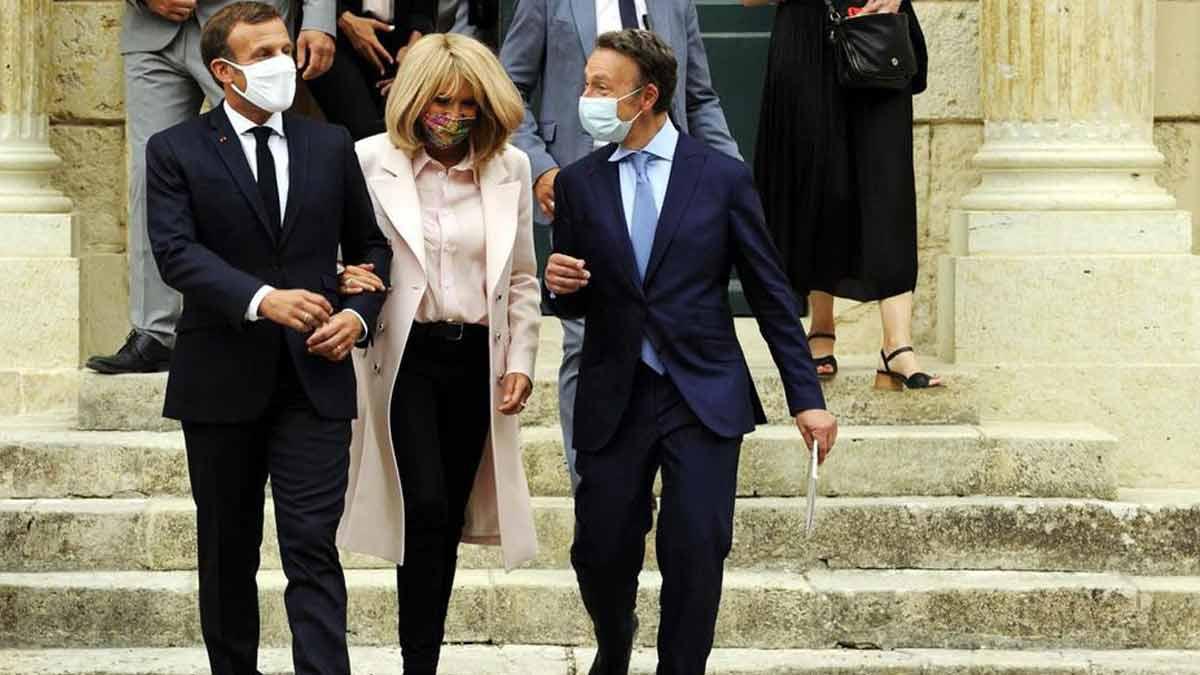 Journées du patrimoine : Brigitte Macron resplendissante aux côtés de Stéphane Bern Emmanuel Macron relégué au second plan !