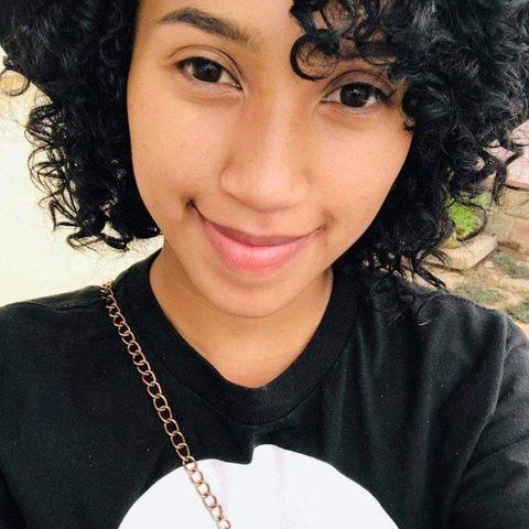 Daniella Grenot